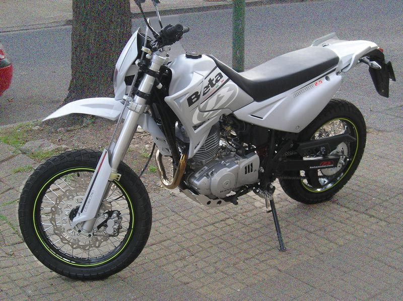 Beta Motard 2.5 Beta Motard 200 Beta Alp 200 manual taller - despiece en pdf
