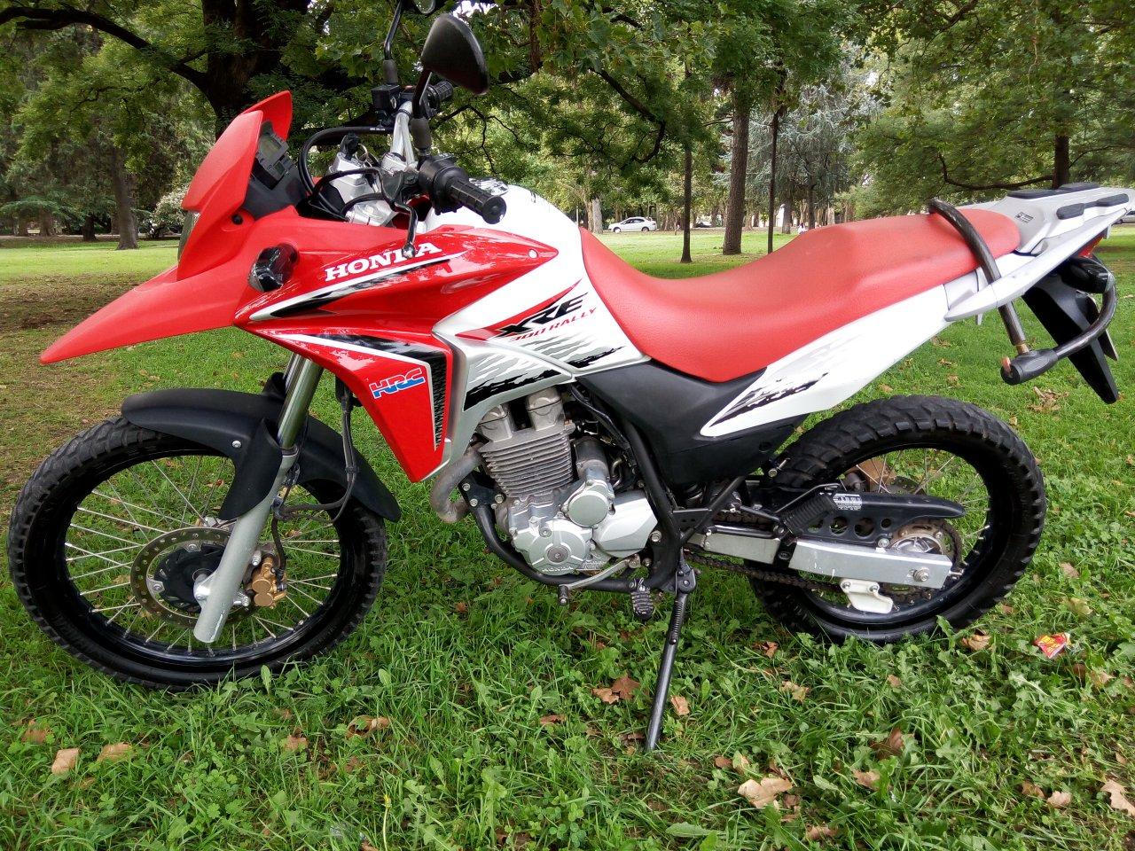 Honda XRE 300 puesta a punto y mantenimiento