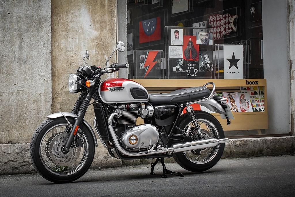 Motocicletas Triumph manual mecánica